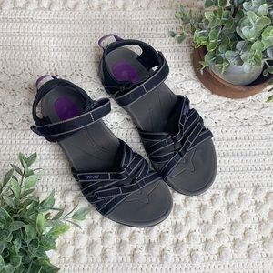 TEVA Women's Tirra Hiking Sandal Black/Grey 11